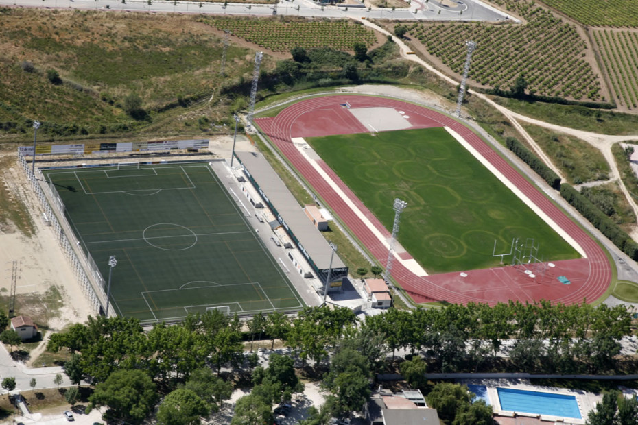 Ajuntament-Pista d'Atletisme i camp de gespa artificial vilafranca-2006